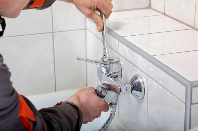 bathroom faucet repair